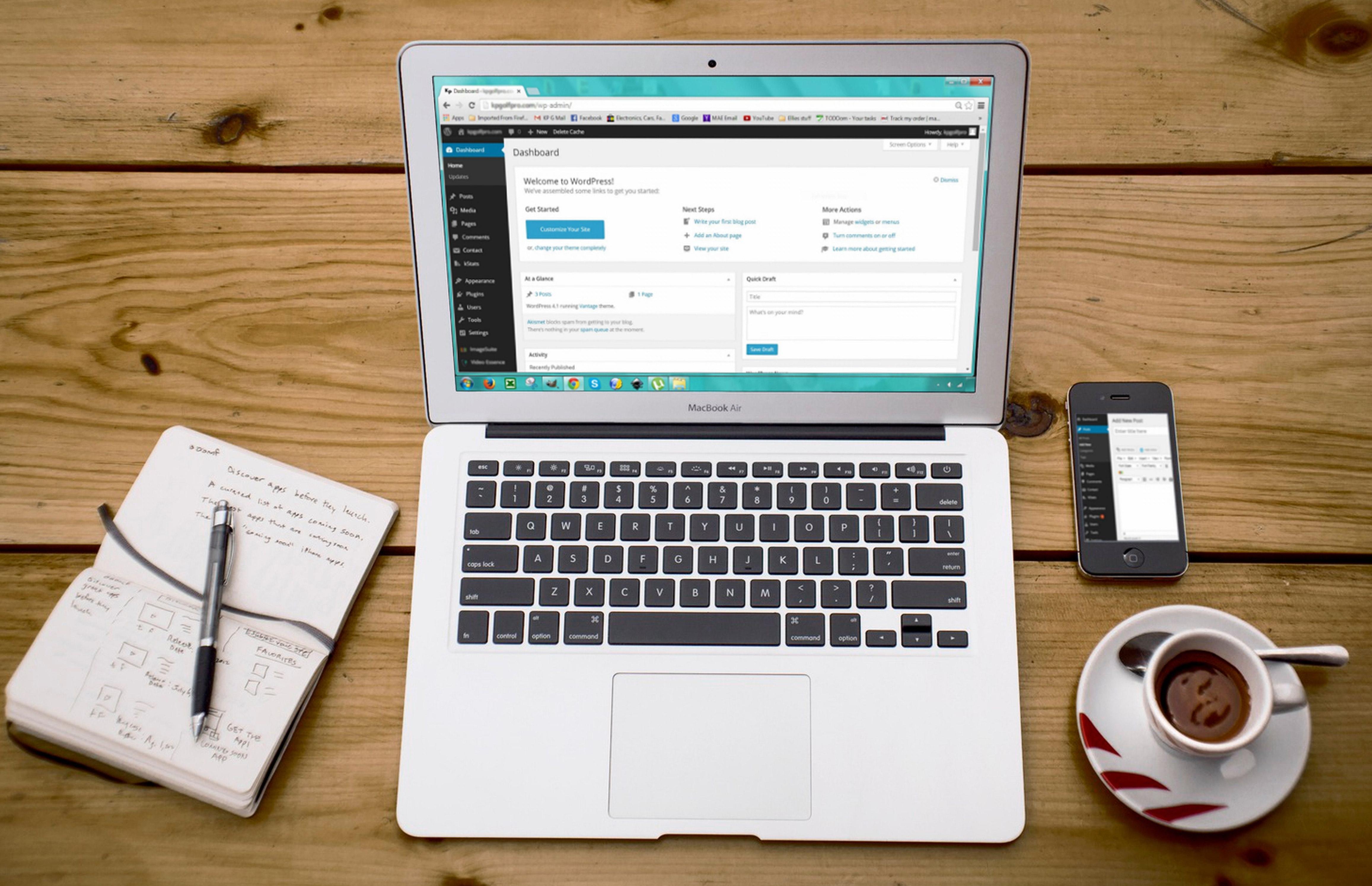 backend of wordpress on a laptop
